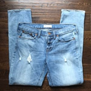Madewell slim boy jean sz 28 distressed relax fit